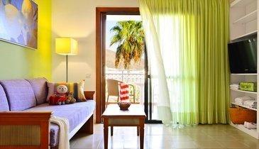 Apartamentos para familias  Hotel Coral Compostela Beach